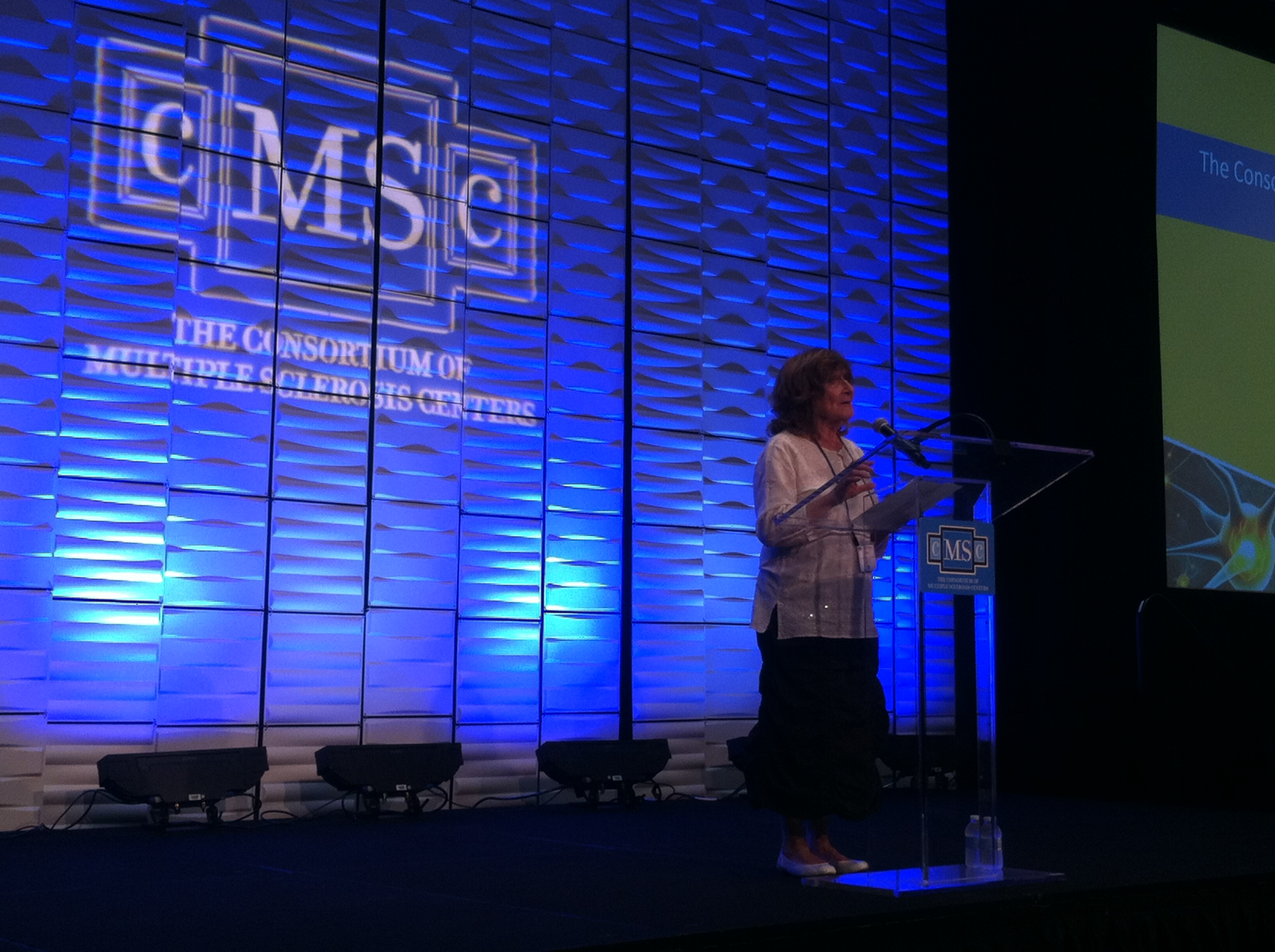 June Halper, CEO of The Consortium of Multiple Sclerosis Centers, welcoming attendees to the 29th CMSC Annual Meeting in Indianapolis